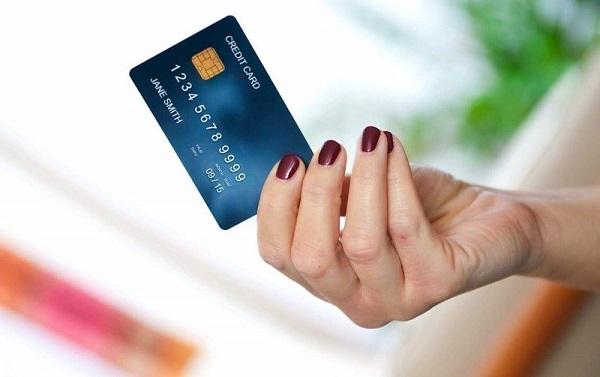 Đáo hạn thẻ tín dụng tại quận Ba Đình